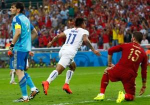 Chile_Espana-Vargas_gol_PS