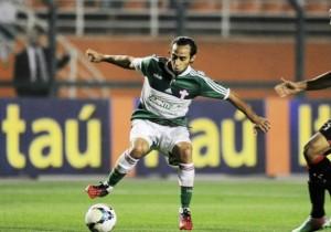 Valdivia_pisa_Palmeiras