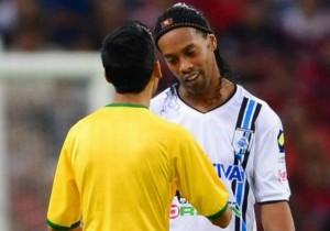Ronaldinho_autografo_Queretaro