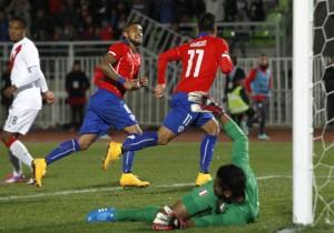 Vargas_Vidal_gol_Chile_Peru_PS