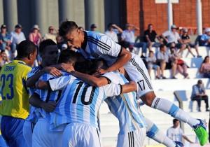 Argentina_Ecuador_Sudamericano_2015