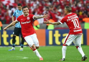 Charles_Aranguiz_Andres_DAlessandro_Inter