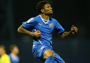 Junior_Fernandes_Dinamo
