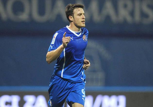 Ángelo Henríquez anotó un golazo en triunfo de Dinamo Zagreb sobre Cibalia
