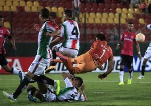 Football, Palestino v Wanderers.
