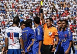 Football, U. Catolica vs U. de Chile