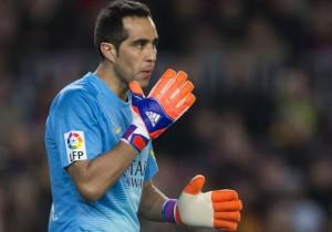 Claudio_Bravo_Barcelona_guantes