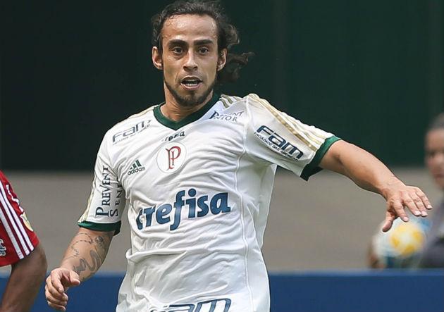 Jorge_Valdivia_Palmeiras_corre_PS