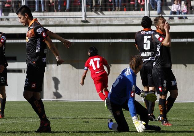 Futbol, Nublense v Cobreloa.
