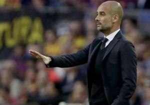 Guardiola_dirige_Bayern_2015