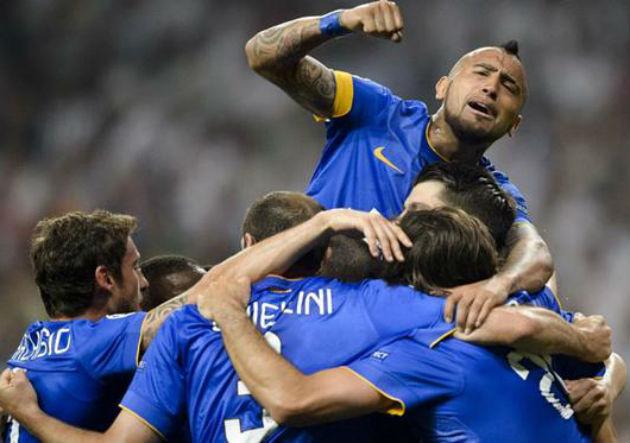 Vidal_celebra_Juventus-azul-Champions_2015