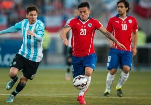 Aranguiz_Messi_Chile-2015_PS