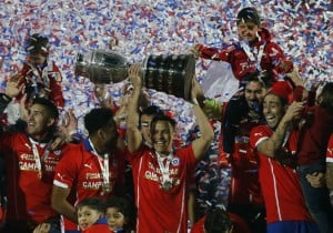 Chile-titulo-copaAmerica_Alexis_2015_PS
