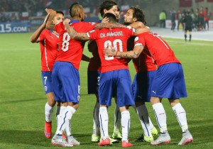 Chile_celebra-gol-todos_2015_PS