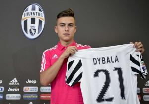 Dybala_Presentación_Juventus_2015