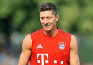 Lewandowski_entrena_Bayern_2015