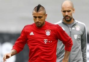 Vidal_Guardiola_entrena_Bayern_2015