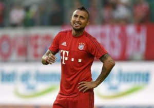 Arturo_Vidal_rie_Bayern_2015