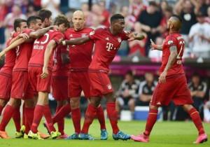 Celebra_Vidal_Bayern_Munich_2015