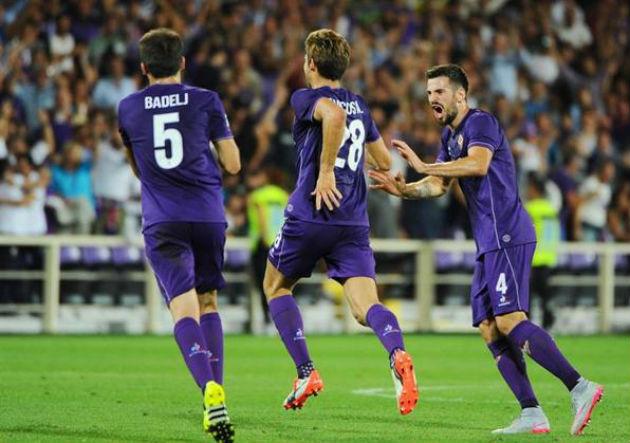 Fiorentina_gol_celebra_2015