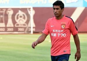 Paulinho_Guangzhou_China_2015