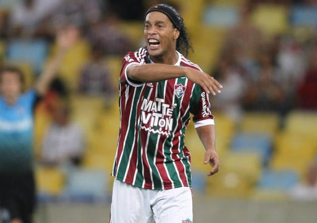 Ronaldinho-Flu-2015