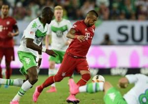 Vidal_Bayern_Wolfsburgo_2015