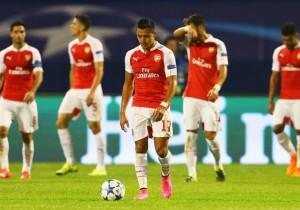 Alexis_cabizbajo_Arsenal-mal_2015