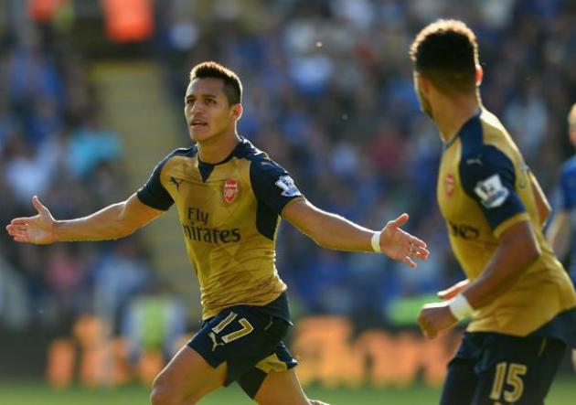 Alexis_celebra_Arsenal_2015_alternativa