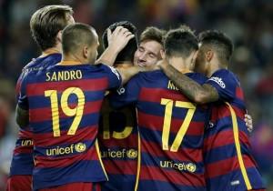 Barcelona_Levante_2015_Abrazo