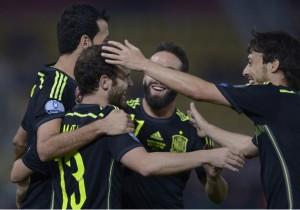España_Macedonia_Celebración_2_Eliminatorias_Euro_2015