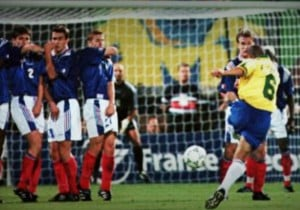 Roberto_Carlos_tirolibre-Brasil-1997