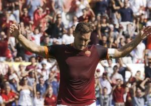 Totti_Roma_Celebración_gol_300_2015