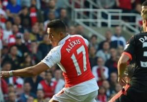 Alexis _Sanchez_Gol_taco_Arsenal_Manchester