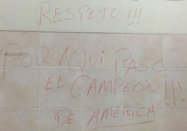 Chile_camarin_Lima