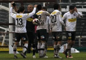 Colo_Colo_Celebración_Superclásico_2_2012_PS