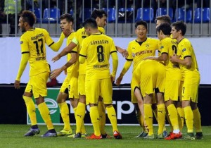 Dortmund_celebra_gol_2015