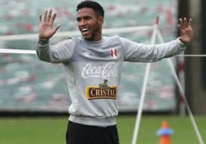 Pedro_Gallese_Peru_entrena_2015