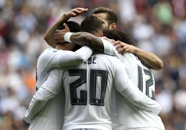 Real_Madrid_Palmas_Abrazo