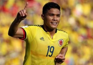 Teo_Gutierrez_celebra_1_Colombia_Peru_2015