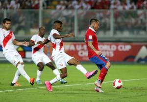 Vargas_gol_Chile_Peru_2015_ANFP_1