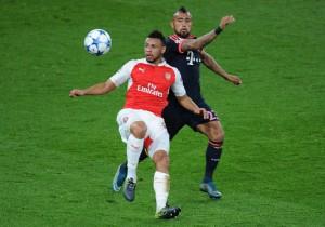 Vidal_Coquelin_Arsenal_Bayern_2015