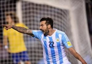 Argentina_Brasil_Eliminatorias_Lavezzi