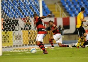 Deivid_Flamengo_2012_falla_gol