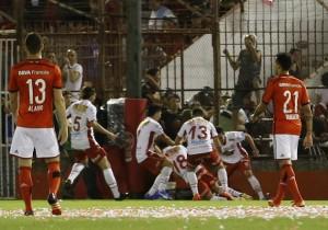 Huracán_River_Plate_Sudamericana_2015