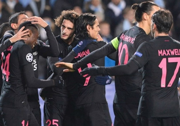 PSG_celebra-camiseta_negra__2015