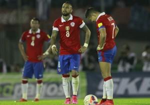 Vidal-Alexis_Chile_derrotado_Uruguay_2015_PS