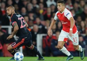 Vidal_Alexis_Bayern_Arsenal_2015