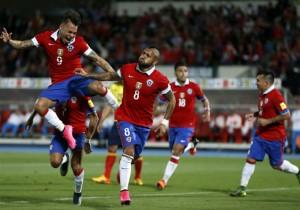 Vidal_Chile_festejo_gol_monton_2015_PS