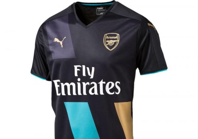 Gran final de año  La camiseta del Arsenal de Alexis ya tiene dueño ... 34098fc9cb21c